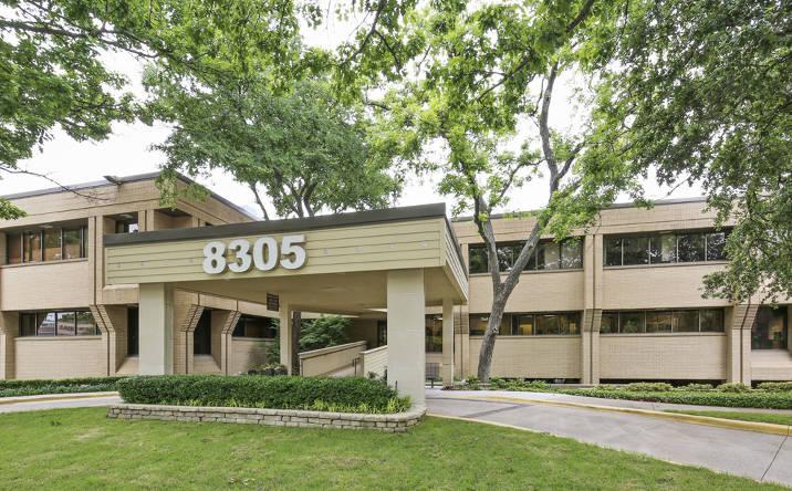 8305 Walnut Hill Ln, Dallas, TX, 75231