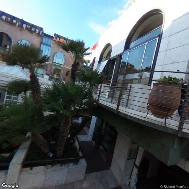 421 N Rodeo Dr