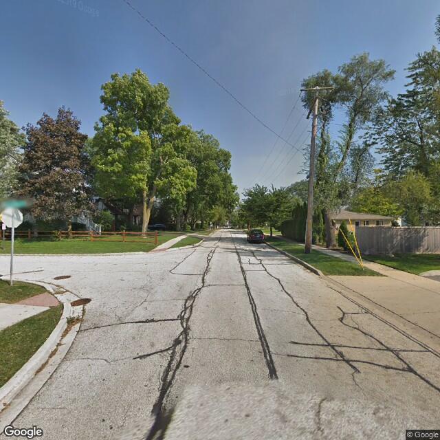 711 Orchard St, Deerfield, IL, 60015