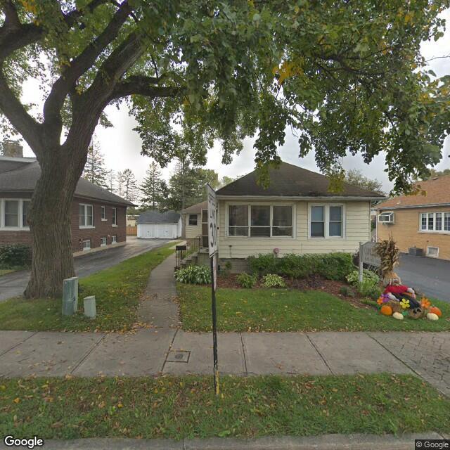 426 N. Hough Street, Barrington, IL, 60010
