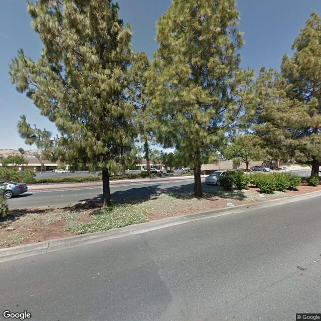 3505 Lone Tree Way