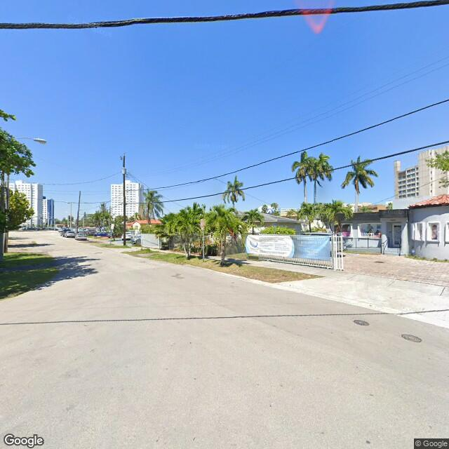1601 NW 13th Ct