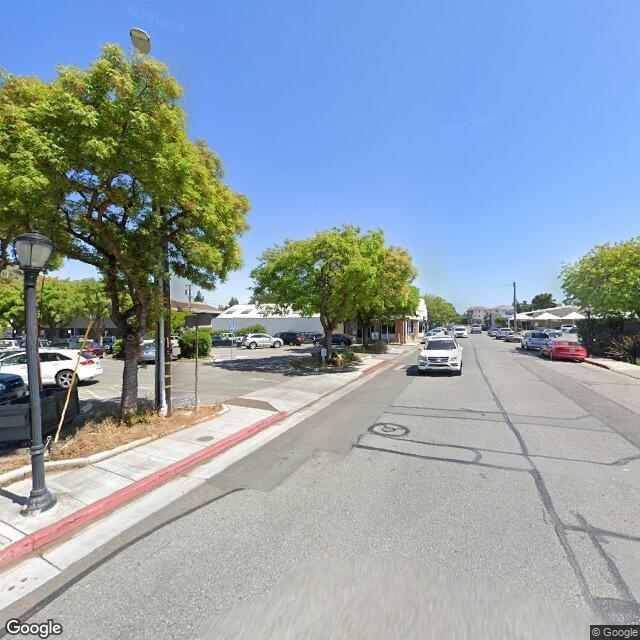 1 1st St, Los Altos, CA 94022