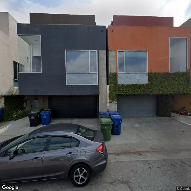 2114 Narcissus Ct, Venice, CA 90291