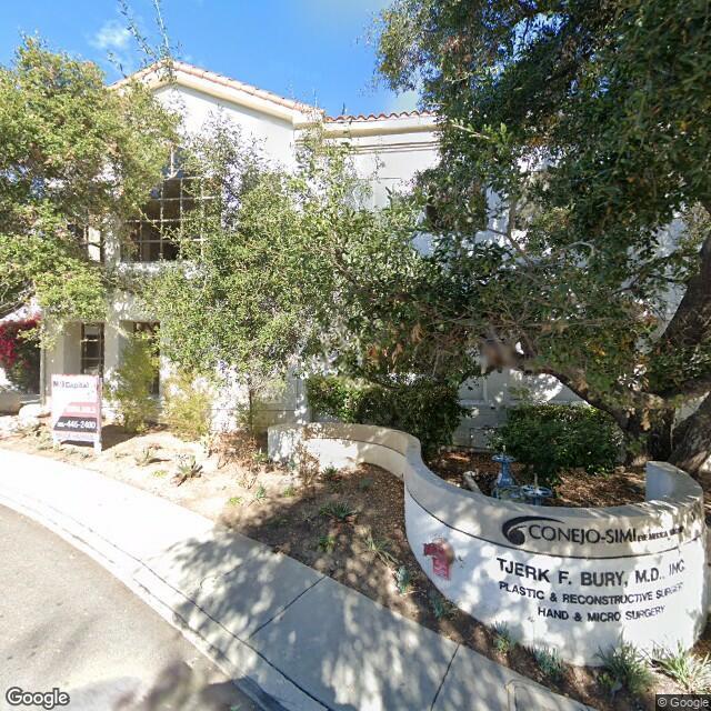 351 Rolling Oaks Dr, Thousand Oaks, CA 91361