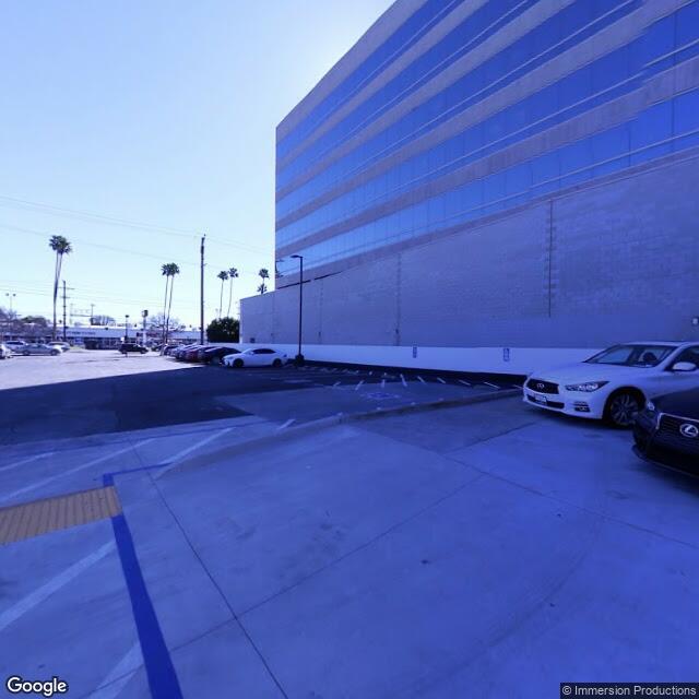 5805 Sepulveda Blvd, Sherman Oaks, CA 91411