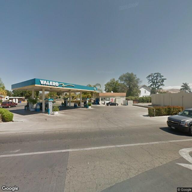 62 W Putnam Ave, Porterville, CA 93257