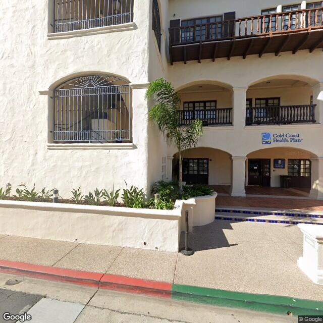 711 E Daily Dr, Camarillo, CA 93010