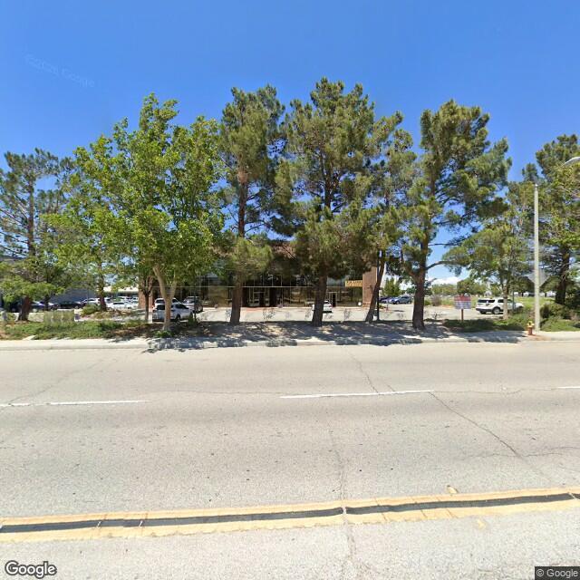 1037 W Avenue N,Palmdale,CA,93551,US
