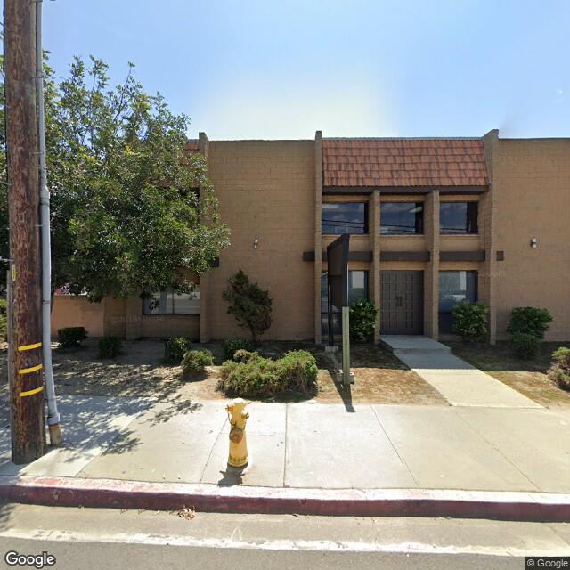 1250 E 23rd St,Signal Hill,CA,90755,US