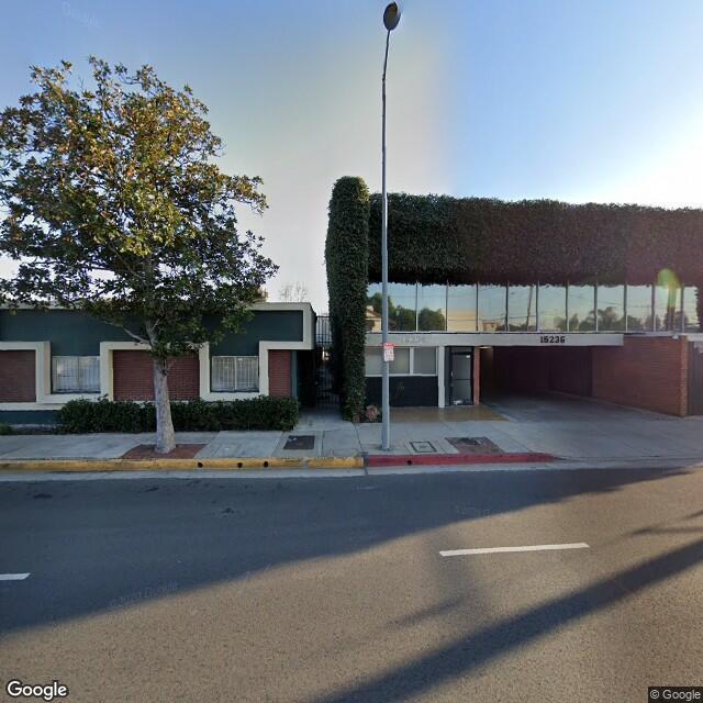 15236 Burbank Blvd,Sherman Oaks,CA,91411,US