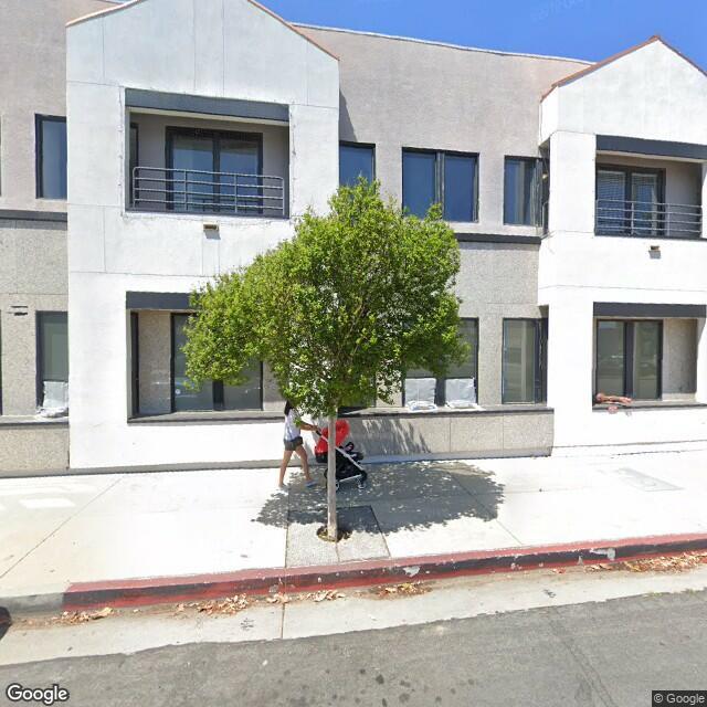 18226 Ventura Blvd,Tarzana,CA,91356,US