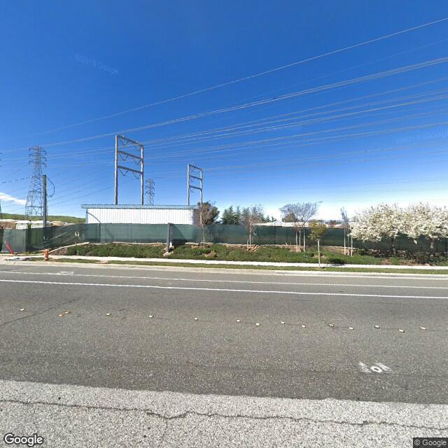 27335 Tourney Rd,Valencia,CA,91355,US