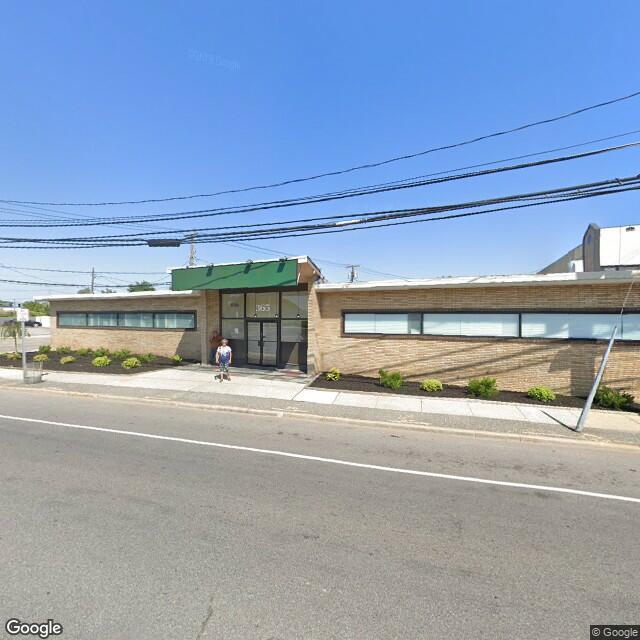 365 Broadway,Amityville,NY,11701,US
