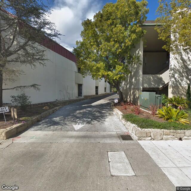 3892 State St,Santa Barbara,CA,93105,US