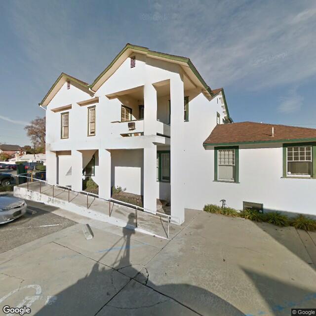 512 N Court St,Visalia,CA,93291,US
