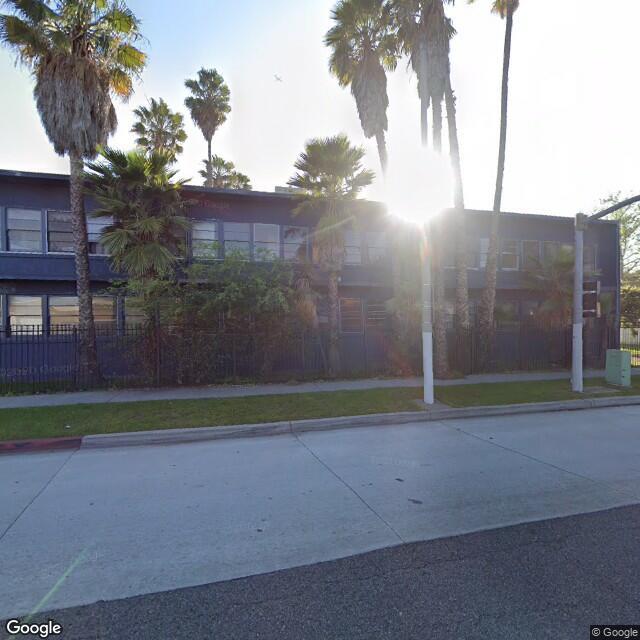 8443 Crenshaw Blvd,Inglewood,CA,90305,US