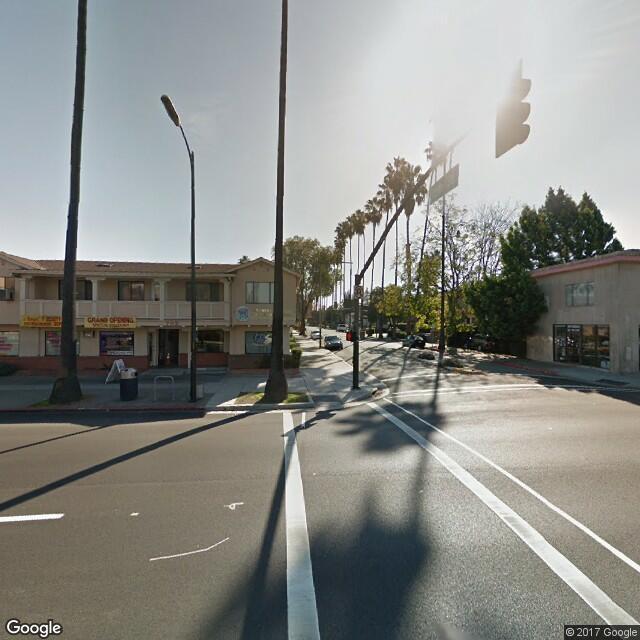 702 E Santa Clara St