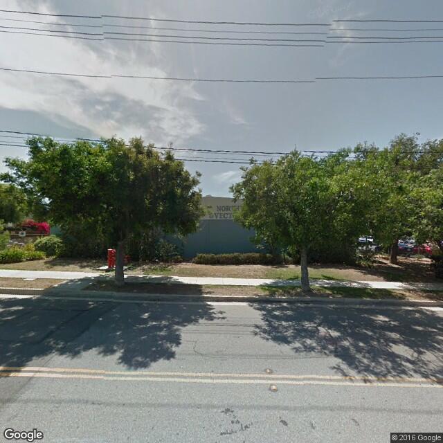 2083 Compton Ave
