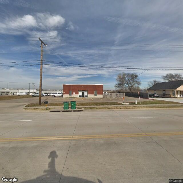 2206 Traders Rd, Greenville, TX 75402